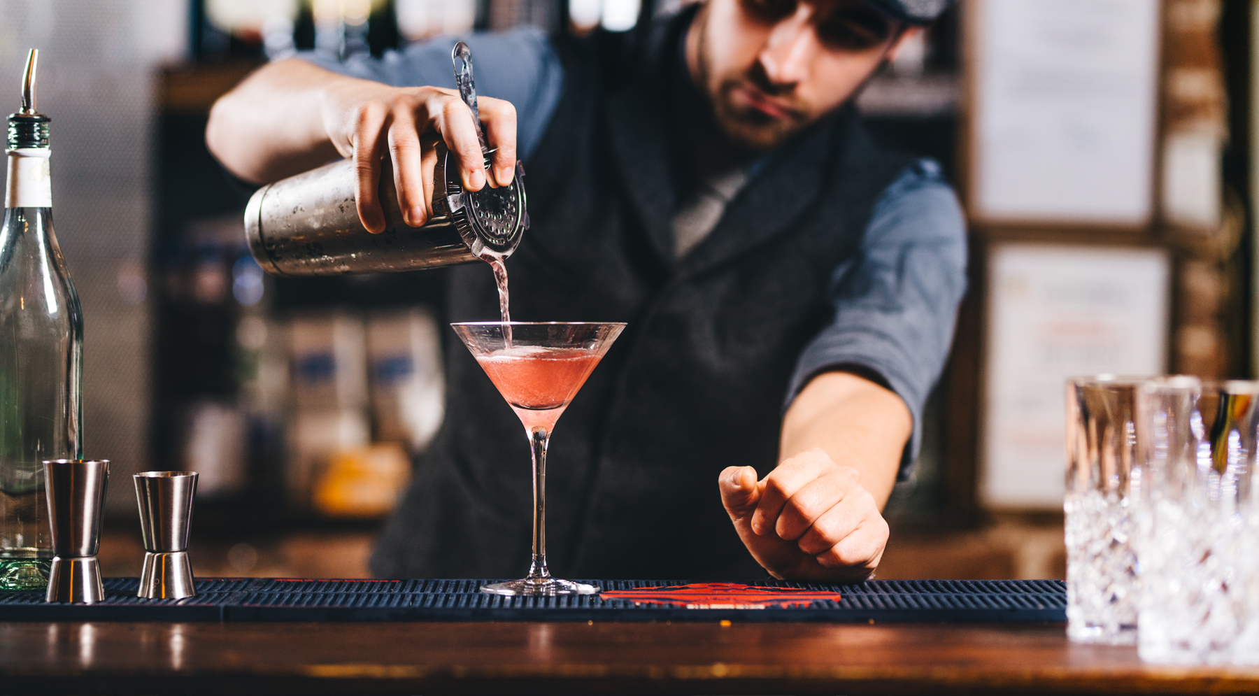 COCKTAIL EVENT SERVICE